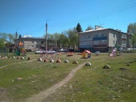 Благодаря проекту «Реальные дела» от партии Единая Россия были установлены детские игровые площадки в д.Николаевка – 2017 год, с.Нурлино - 2018 год.